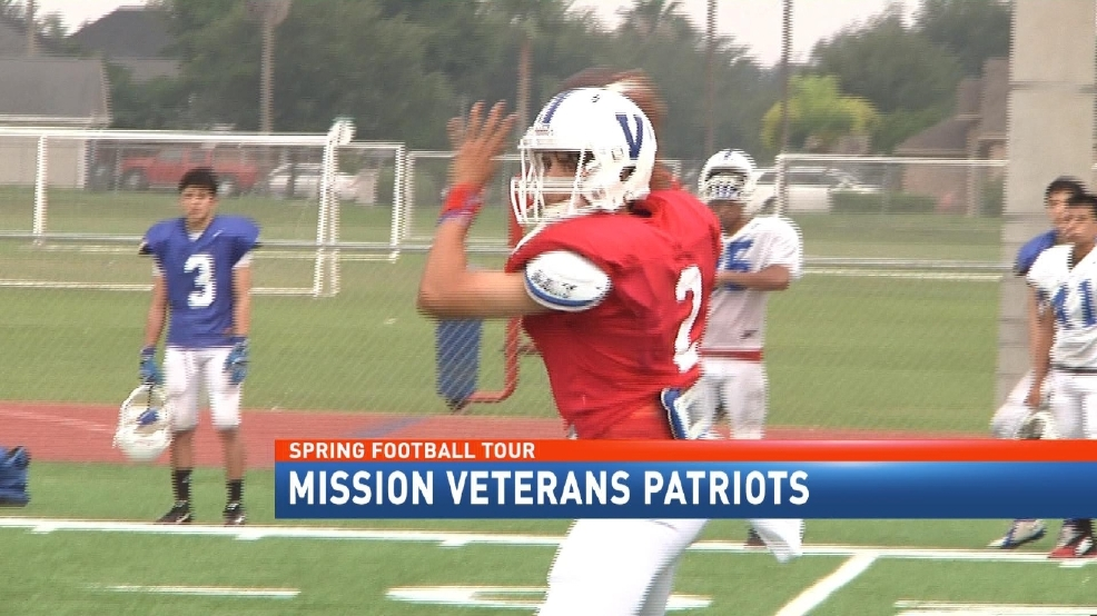 No QB Controversy At Mission Veterans-CBS 4 Spring Football Tour