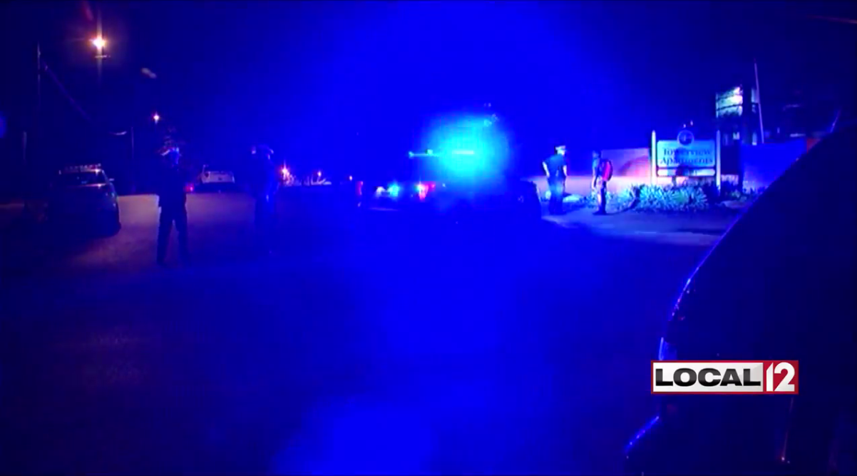 One killed, one hurt in double shooting in Mt. Airy (WKRC)