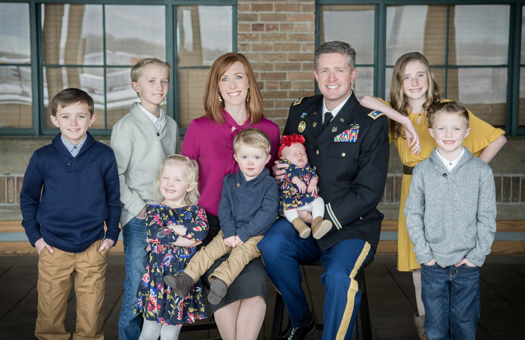 Jennie Taylor and Maj Brent Taylor with their children in a family photo. (Photo: Utah National Guard)