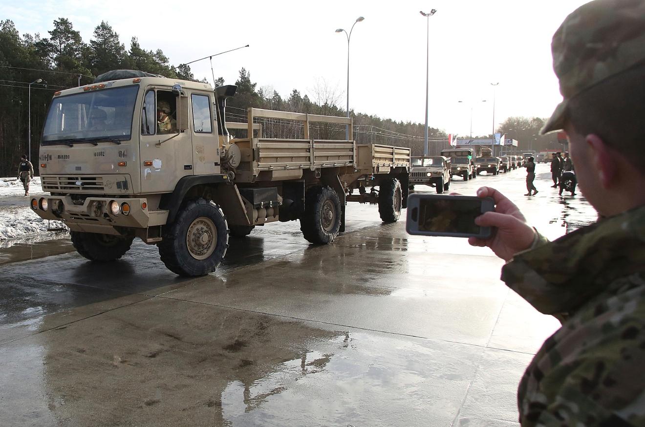 В Польше перевернулся военный грузовик с солдатами США