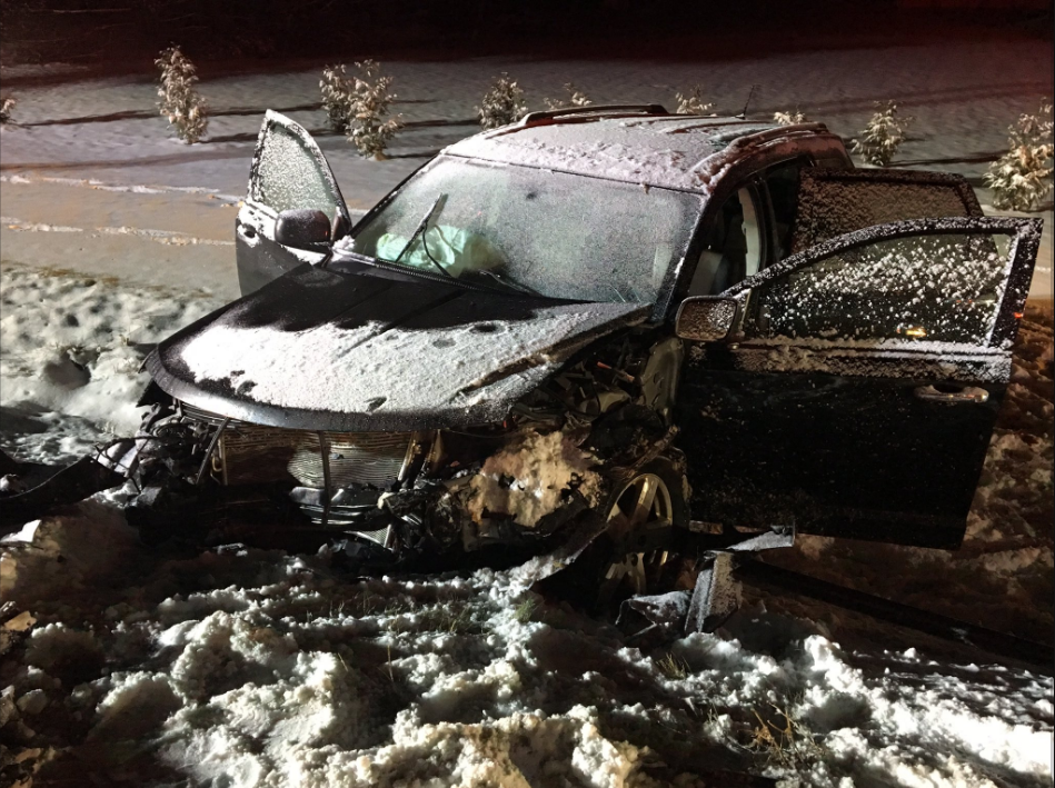 Two injured in Niles crash due to weather conditions. // WSBT 22