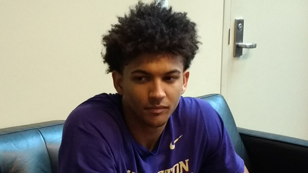 Loyalty, family kept basketball players at UW