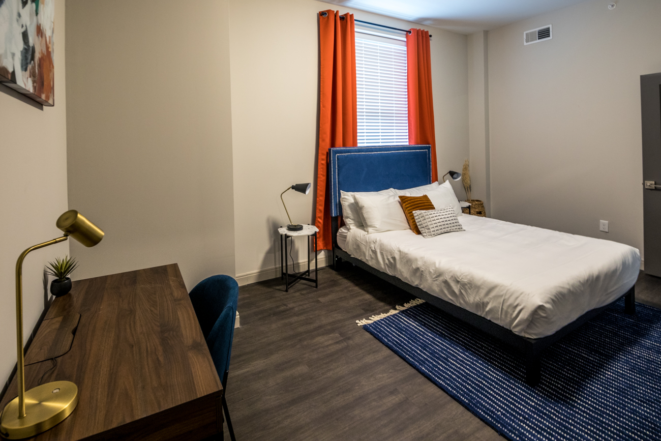 Amenities include guest-controlled heating and air, high-speed WIFI, cable connected smart TVs, complimentary locally sourced coffee, dining and living areas, and more. / Image: Catherine Viox // Published: 1.1.21