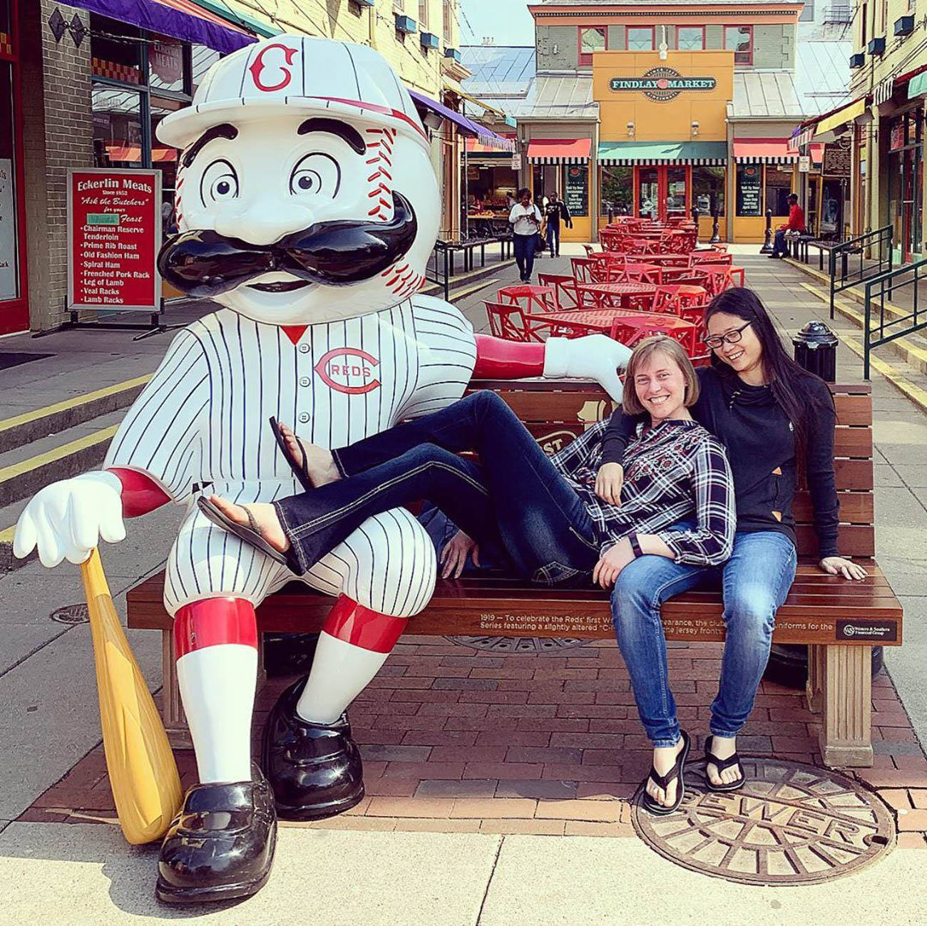 Findlay Market & chill / Location: Findlay Market / Uniform: 1919 / Image courtesy of Instagram user @winkie640   // Published: 5.14.19