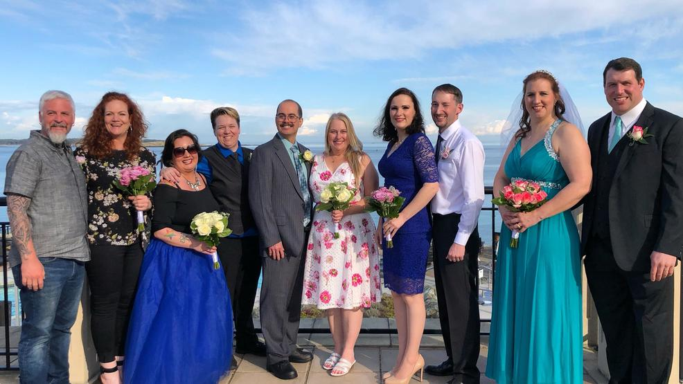 PHOTOS: Couples set sail to renew wedding vows live on STAR 101.5 in Victoria, B.C.!