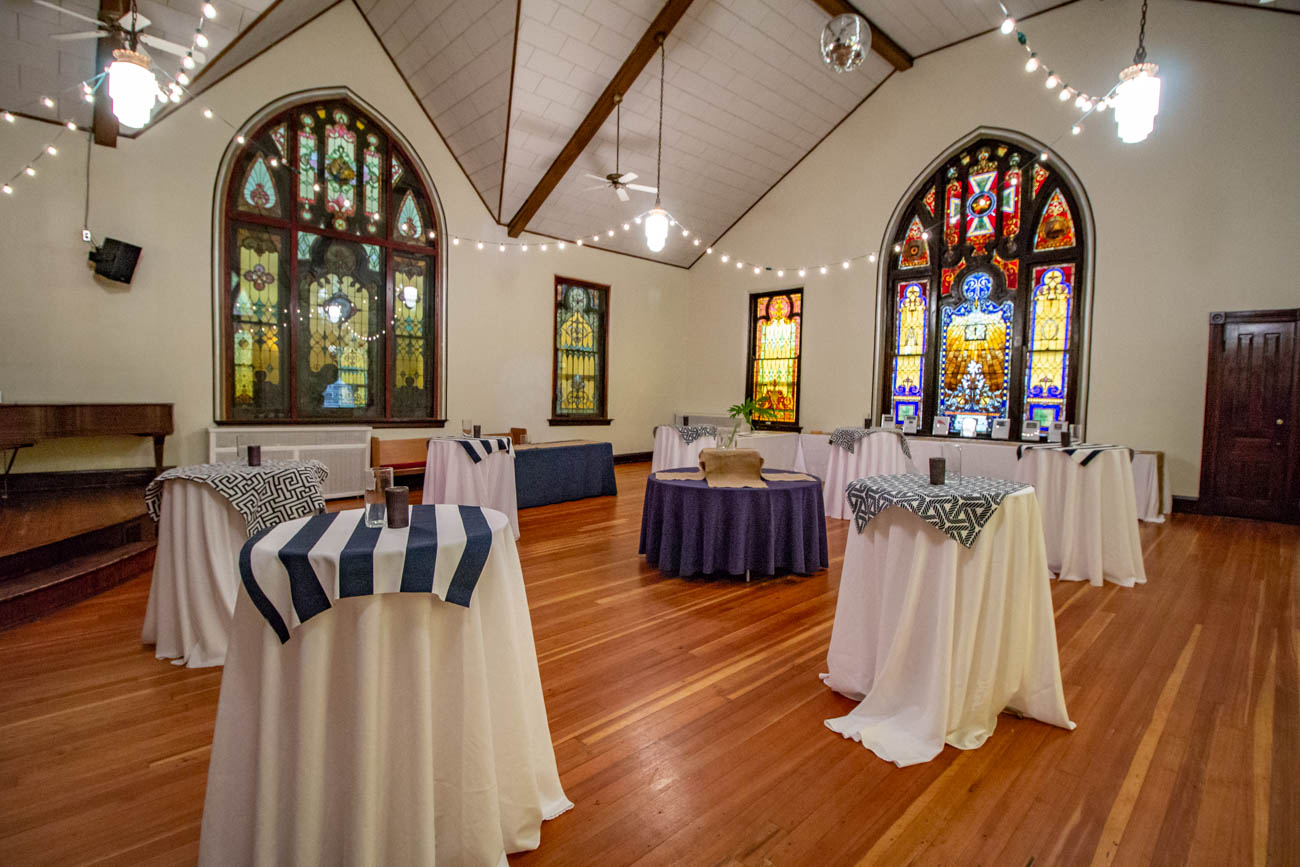 Contact Annie at info@SanctuaryEventRentals.com or at (859) 982-9887 to book the Sanctuary, Lounge Annex, Bridal Suite, or all of the above. / Image: Katie Robinson, Cincinnati Refined // Published: 1.28.20