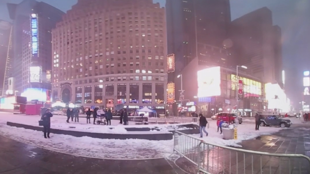 Experience the New York City snowstorm in 360 degrees