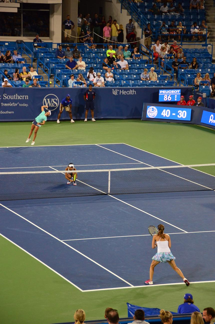 Saturday night's women's doubles finals. Yung-Jan Chan and Martina Hingis def. Su-Wei Hsieh and Monica Niculescu. / Image: Leah Zipperstein, Cincinnati Refined // Published: 8.21.17