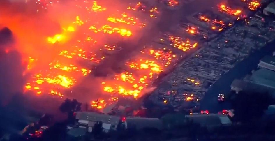 Lilac Fire burns near San Diego - Dec. 7, 2017 (NBC NewsChannel)