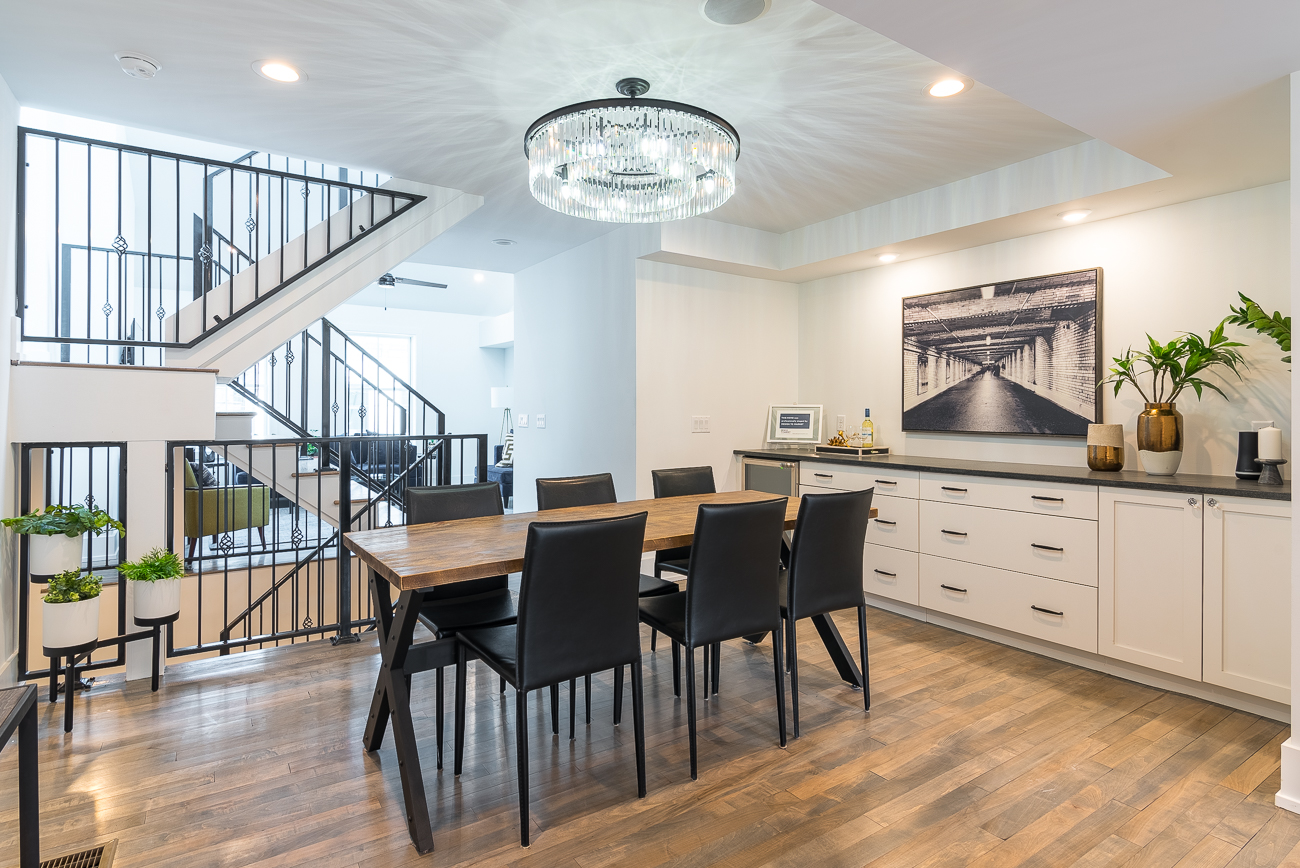 1533 Republic Street is a 3 story, 2 bedroom, 2.5 bathroom, single-family house with a single car garage. It is listed by Angelo M. Pusateri with Comey & Shepherd Realtors for $599,000. / Image: Phil Armstrong, Cincinnati Refined // Published: 2.4.19
