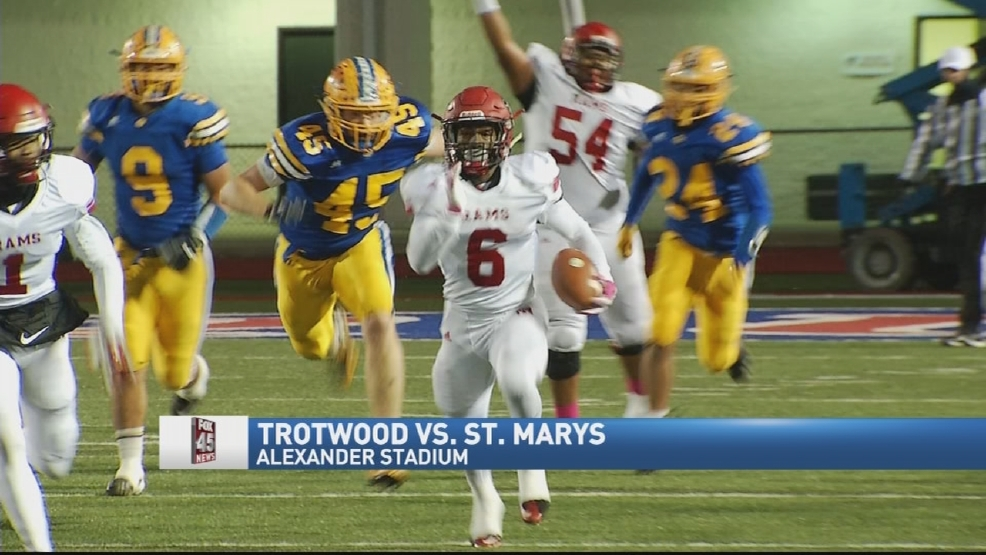 Trotwood tops St. Marys 34-27, Rams win 7th straight regional title