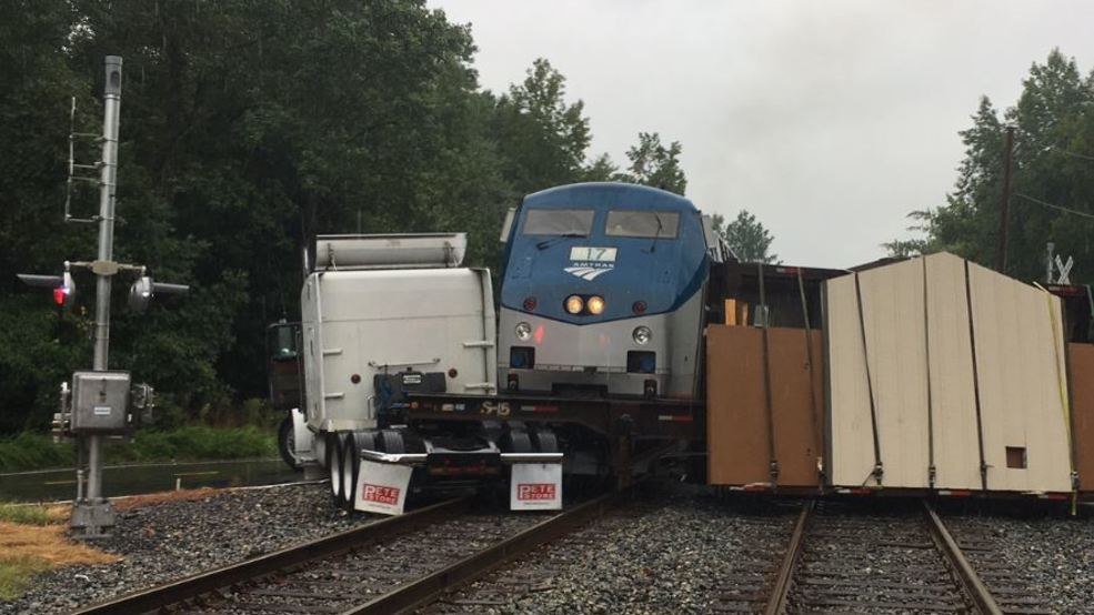 amtrak train collides with tractor trailer suspending service in va