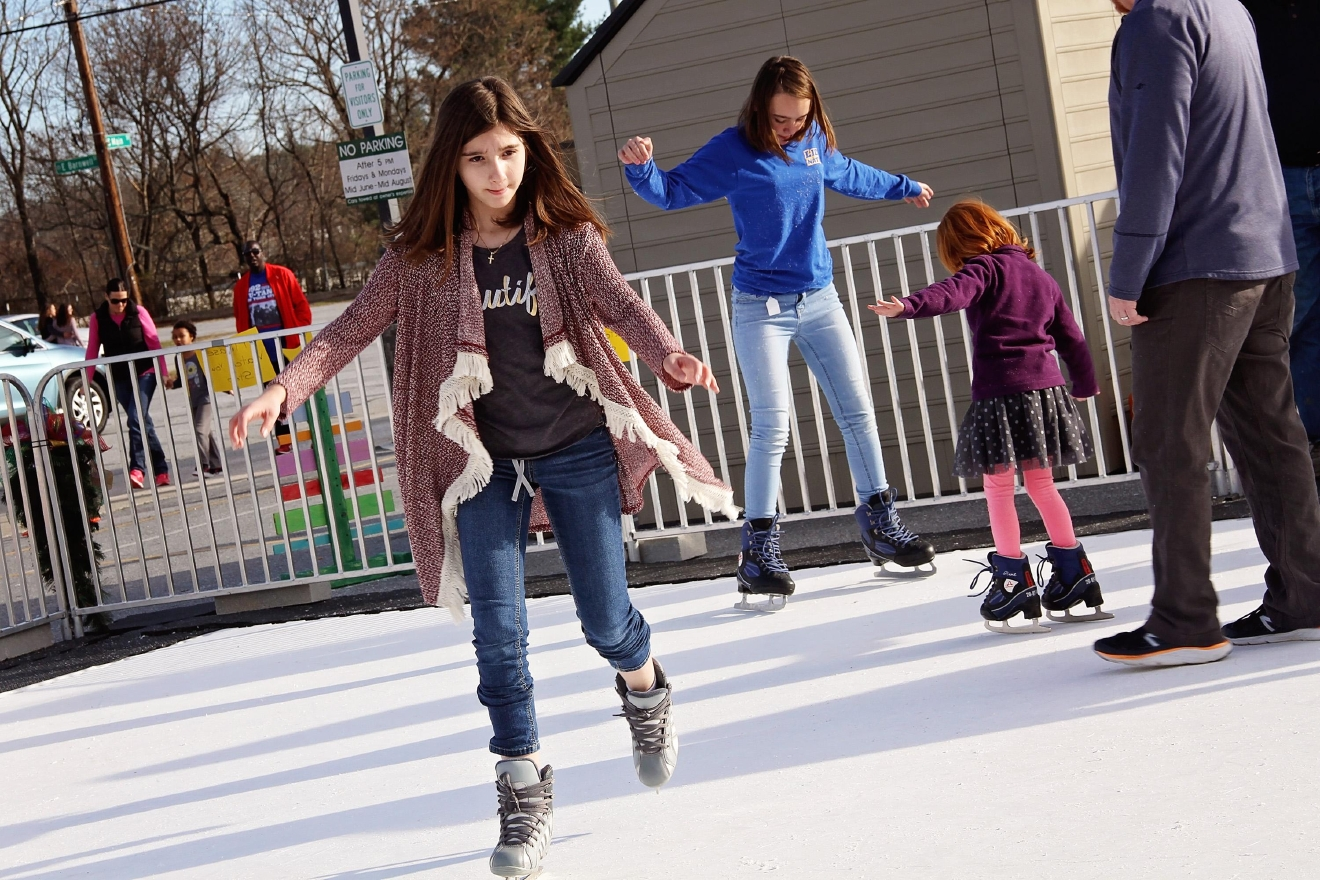 An ice skating rink in downtown Hendersonville on Dec. 21, 2016.  The rink is made from special polymers, so it can be used regardless of the temperature outside.  The cost to skate is $8 for adults and $5 for children. Ice skate rentals are included in the price. The attraction will be open from 10 a.m. to 8 p.m. until January 1.  (Photo credit: WLOS staff)