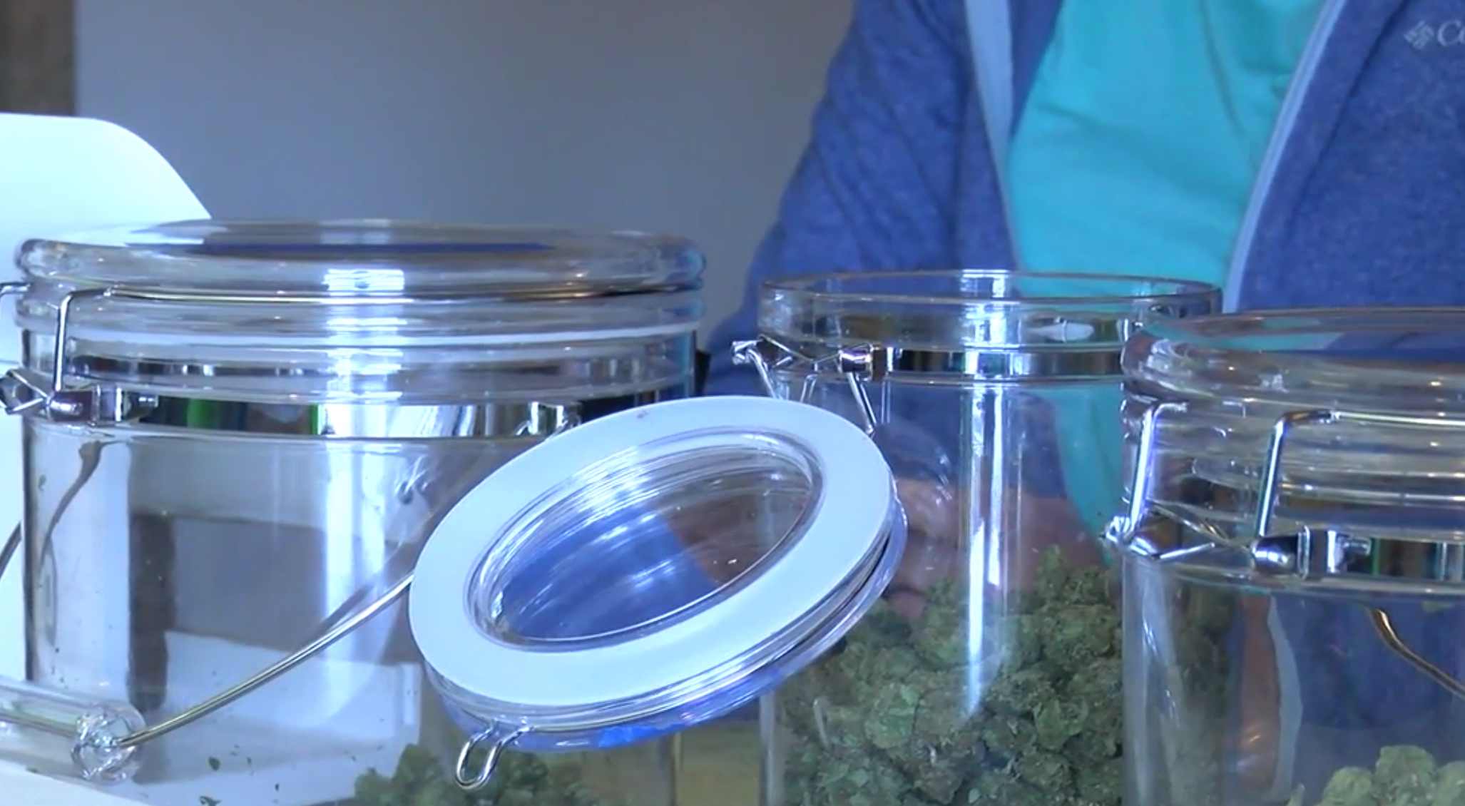 Medical marijuana dispensary 'Healthy Buds' can barely keep up with demand. (Photo: KTUL)