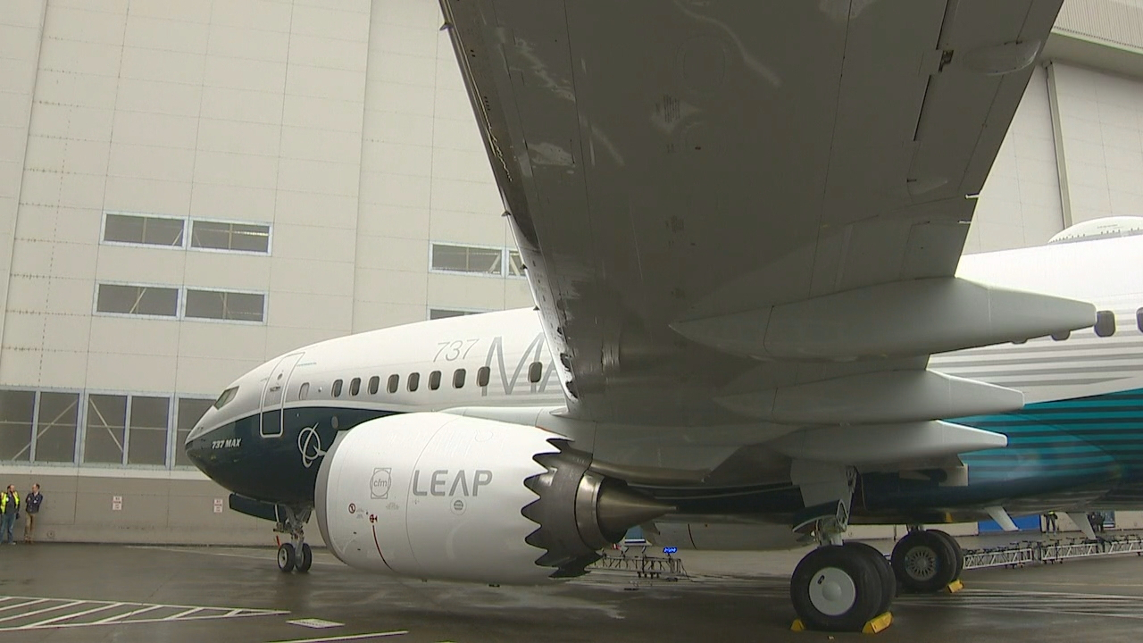 Thousands of employees celebrated the debut of the Boeing Co.'s newest jetliner Monday at the Renton assembly plant as the first Boeing 737 MAX 7 came down the assembly line. (Photo: KOMO News)