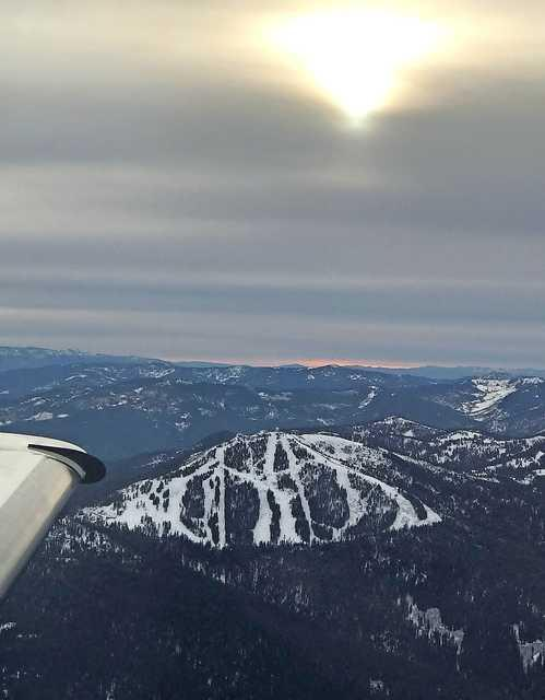 Photo by Brooke DeBoer<br>A view of the Mt. Ashland Ski Area from a plane on Sunday, Nov. 25.