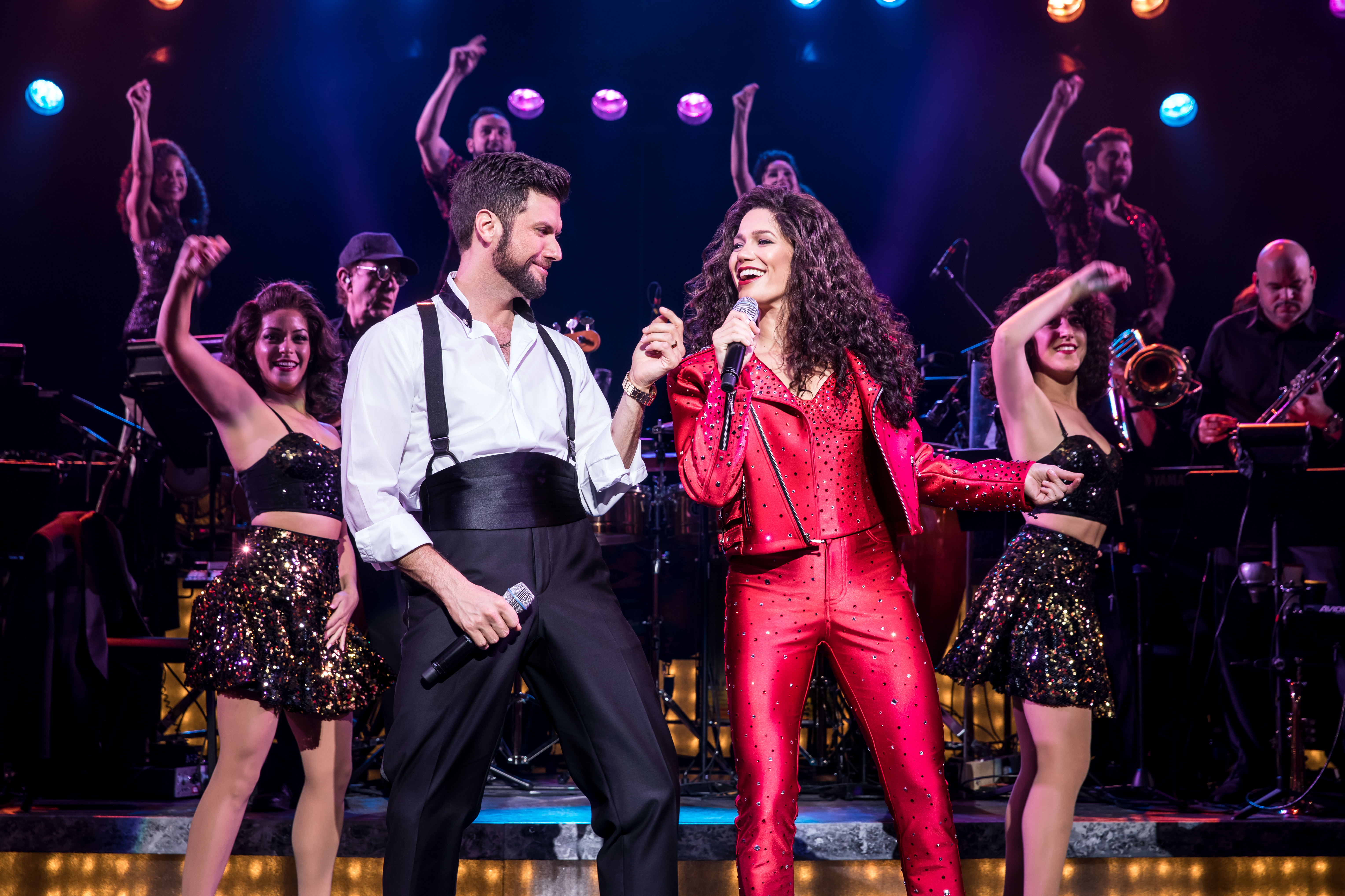 Mauricio Martinez as Emilio Estefan and Christie Prades as Gloria Estefan and Company, ON YOUR FEET! © Matthew Murphy<p></p>