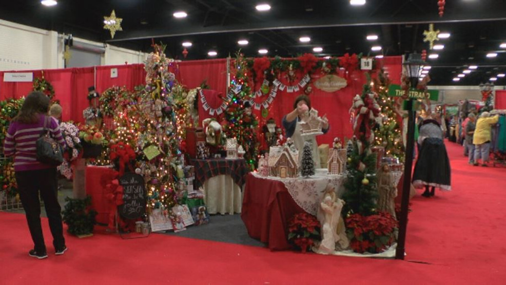 dickens christmas show takes over myrtle beach convention center