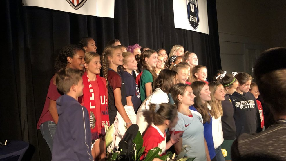 Young soccer players meet, get wisdom from Women's World Cup champs