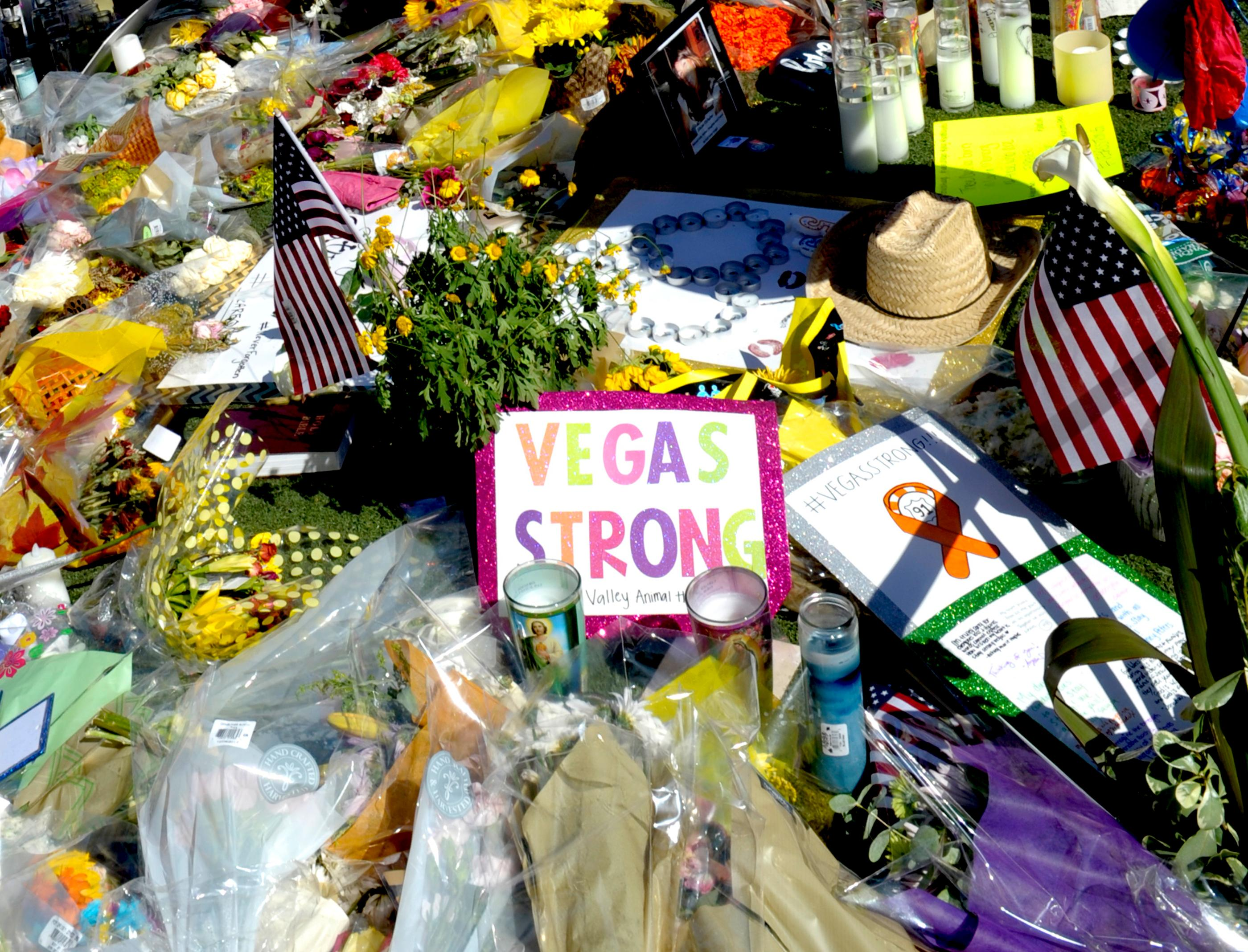 Las Vegas pays tribute to the victims of the Route 91 shootings Thursday, October 5, 2017. CREDIT: Glenn Pinkerton/Las Vegas News Bureau