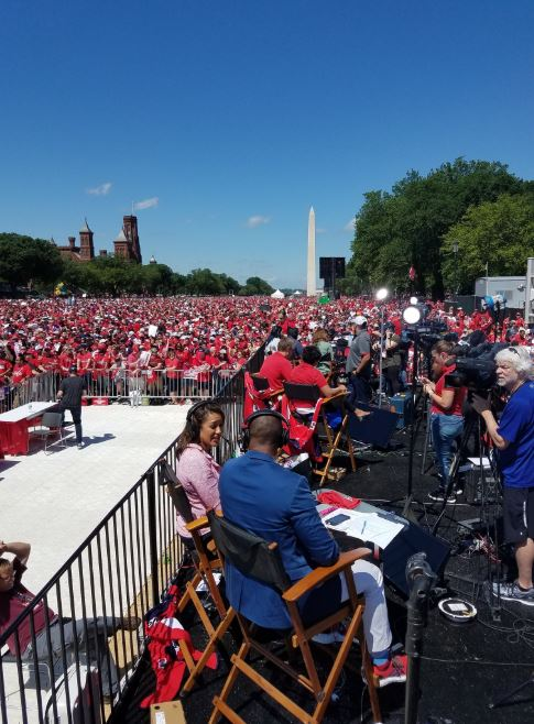 Capitals' Stanley Cup victory parade taking over D.C. (Photo: Johnathan Elias)