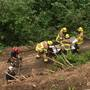 Good Samaritans help rescue man hanging over cliff by creating human ladder