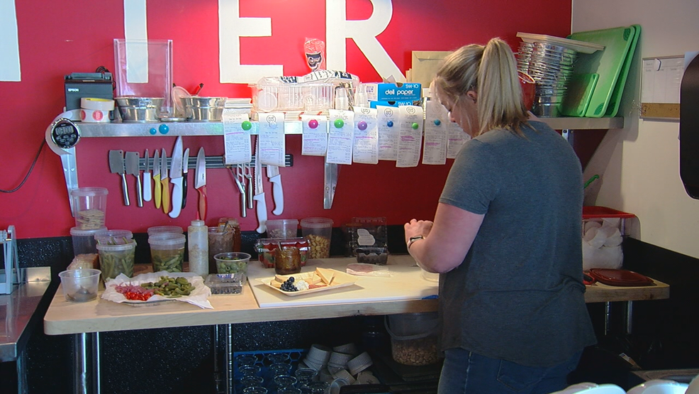 Restaurants buying local helps farms, vendors