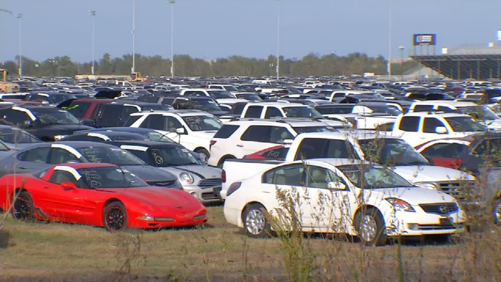 Flooded Houston cars already in San Antonio area | WOAI