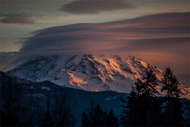 Lenticular clouds over Mt. Rainier at sunset - (Photo: YouNews contributor: scubadiver)
