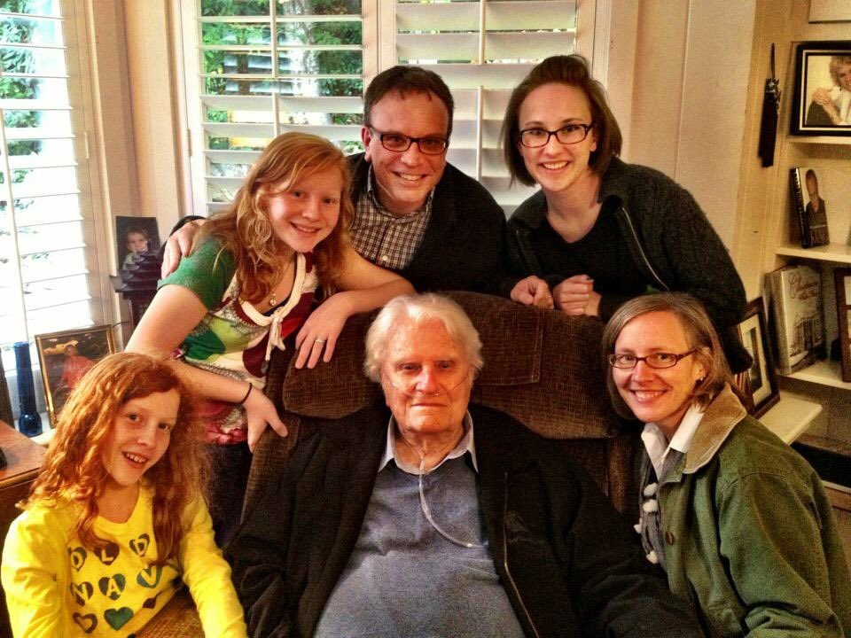 Rev. Billy Graham with his grandson{ }Boz Tchividjian and his family (Photo courtesy of{ }Boz Tchividjian)