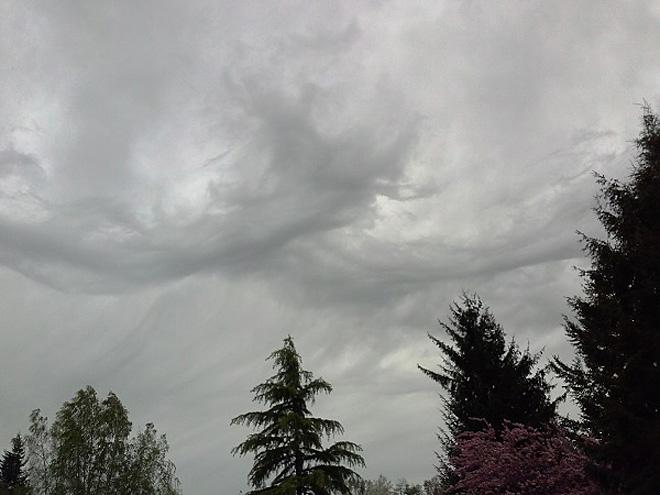 Stormy clouds over North Bend (Photo: Mark D.)