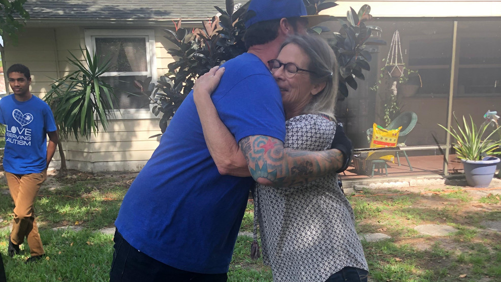 Vanilla Ice revamps home of special needs teacher in Florida