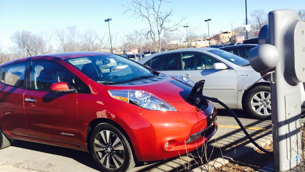 World Car Nissan San Antonio >> Electric car interest remains high in a truck world   WOAI