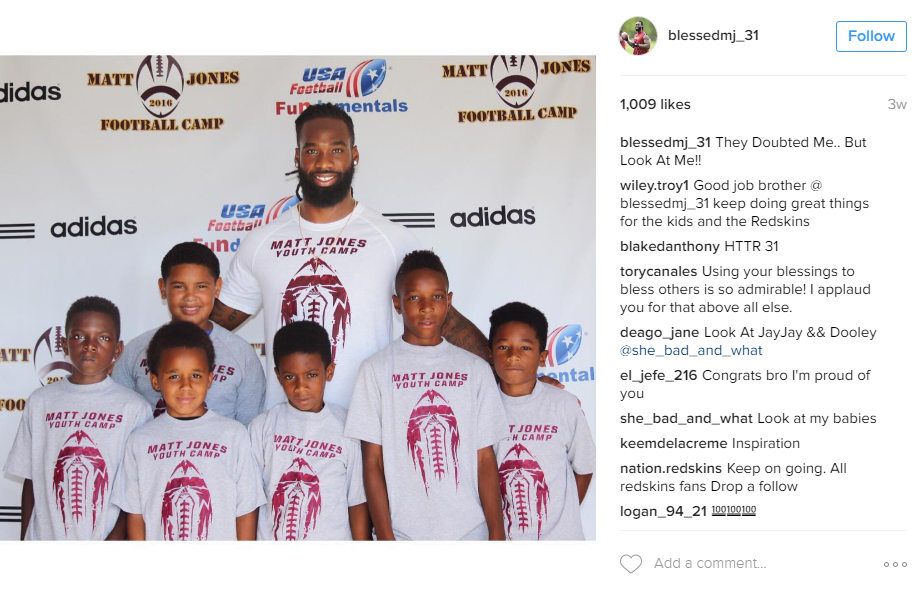 Matt Jones returned to his alma mater in Tampa, Armwood High, to hold his inaugural camp for 210 local kids between 6 and 14. (Image: @blessedmj_31 Instagram)