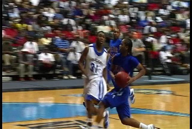 Mullins guard Chris Harley drives for two in win over North Charleston