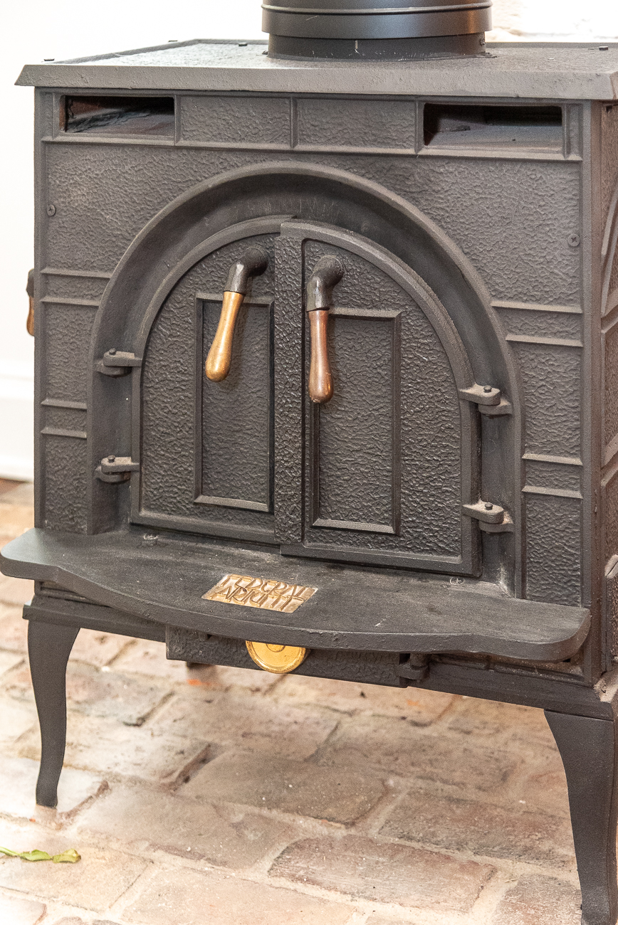 An old stove in the front room{ }/ Image: Phil Armstrong, Cincinnati Refined // Published: 8.19.20