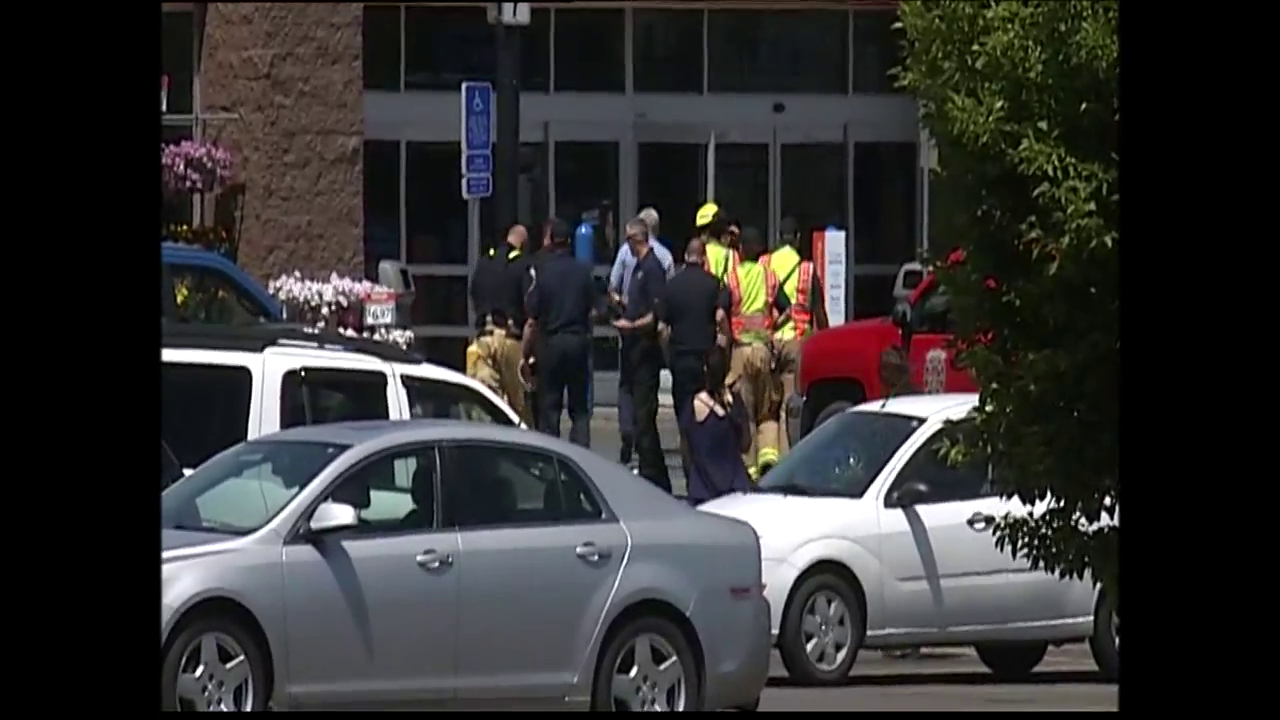 Police and firefighters outside the Walmart in Lebanon, Oregon, on Thursday, June 29, after reports of a possible pipe bomb triggered an evacuation. (SBG)Thumbnail