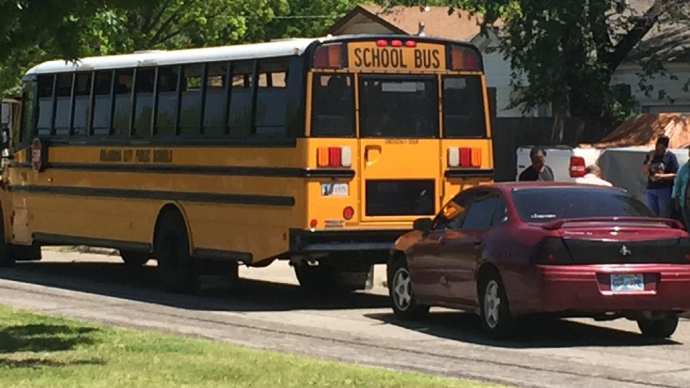Bus Carrying Okc Kindergarteners Involved In Non Injury