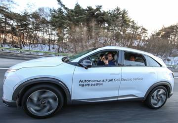 Pyeongchang Olympics showcases Korean self-driving vehicles