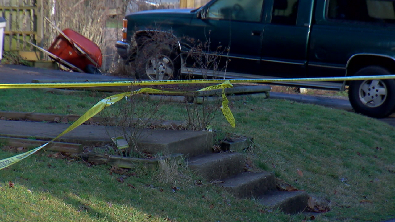 14-year-old tells 911 she shot her father in the head (WKRC)