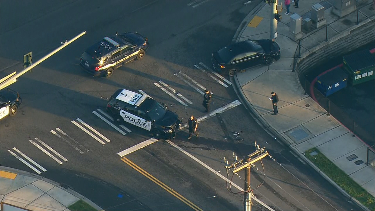 There was a minor injury Friday night when a Federal Way police officer was involved in a crash.(Photo: KOMO Air4)