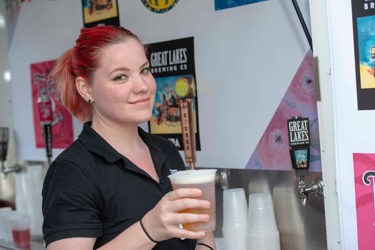 Red Distadd pours a Great Lakes IPA. Great Lakes Brewing Co. sponsored the event. / Image: Joe Simon // Published: 4.5.19