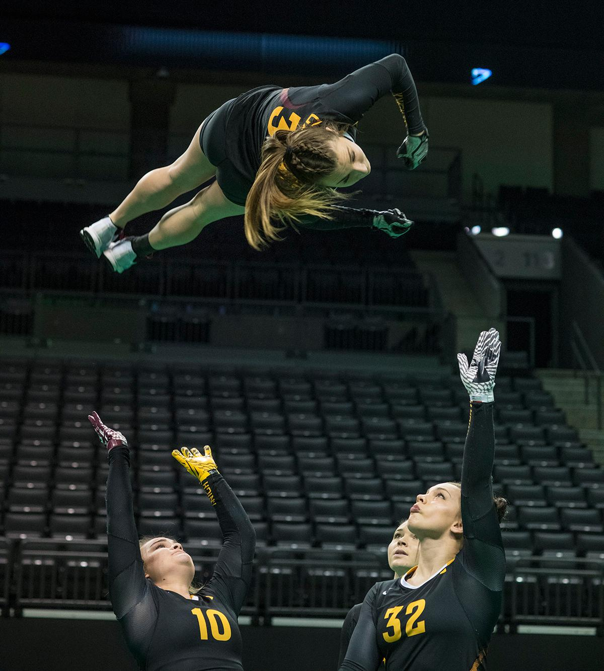 In a tri-meet in Mathew Knight Arena Sunday afternoon, the Ducks came in second, defeating Gannon University but losing to Quinnipiac. The final score tallies were Quinnipiac 274.585, Oregon Ducks 272.23, and Gannon 271.93. Photo by Dan Morrison, Oregon News Lab