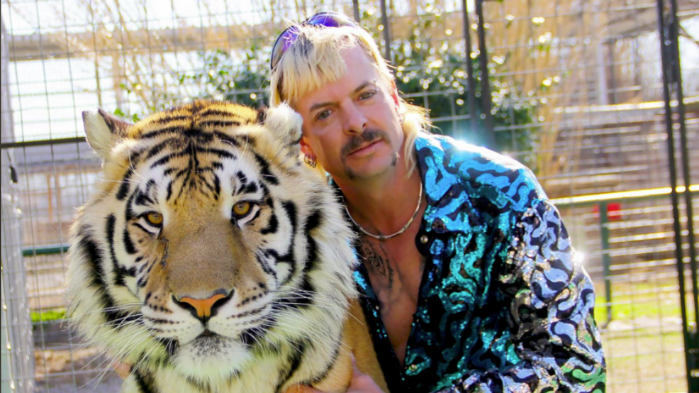 Joe Exotic from Netflix's Tiger King poses with tiger. (CNN Newsource).PNG
