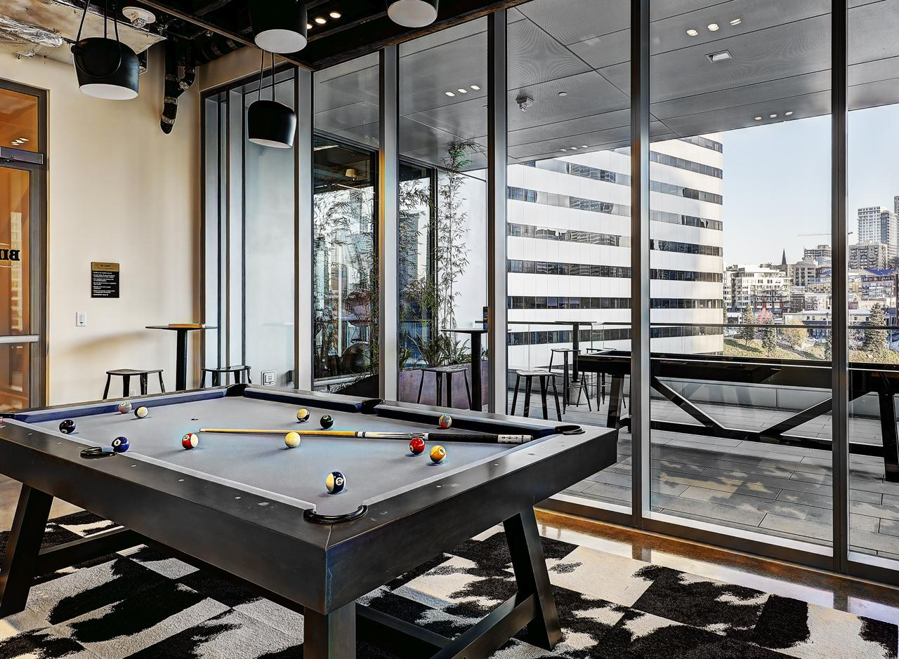 Go ahead and call your shot in the Billiards room. Between turns, enjoy sweeping city views.<p></p>