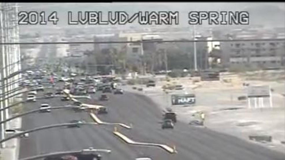 Road closures in place near Windmill, Las Vegas after high speed pursuit on 215 Fwy