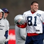 Patriots head coach named as possible witness at Hernandez trial