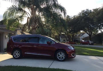 Living with the 2017 Chrysler Pacifica: My family's fave features