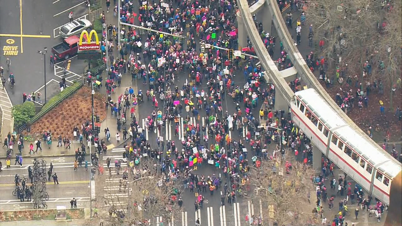 The long line of marchers gathered at Seattle Center. (Photo: KOMO News)<p></p>