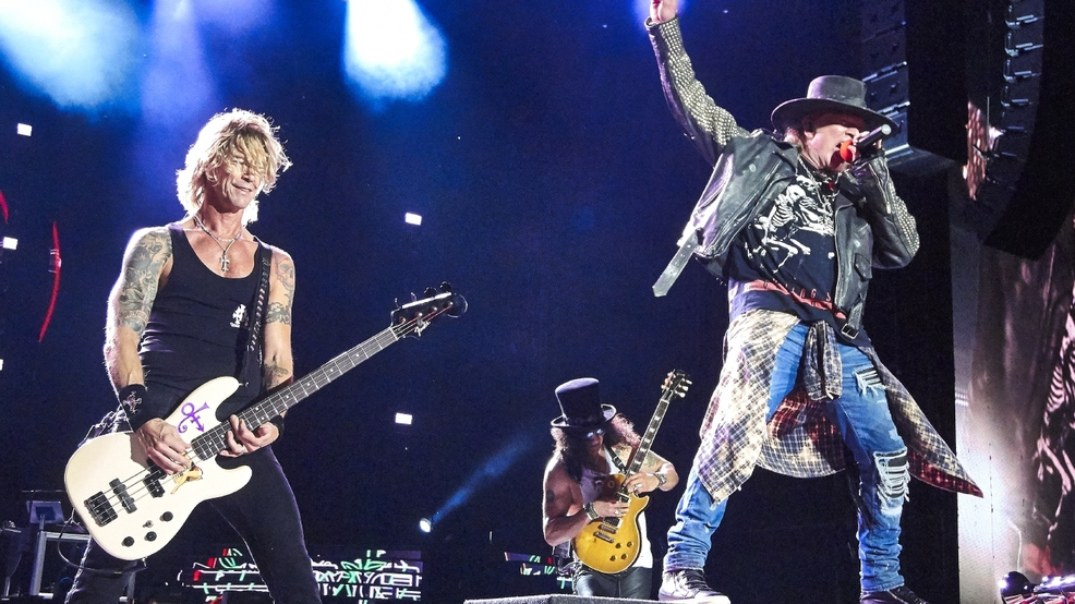 30 people arrested at Guns N' Roses concert